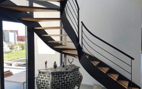 Escalier Métal avec Marches en chêne massif